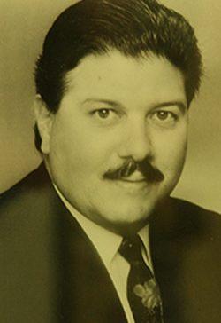 Carlos Declet