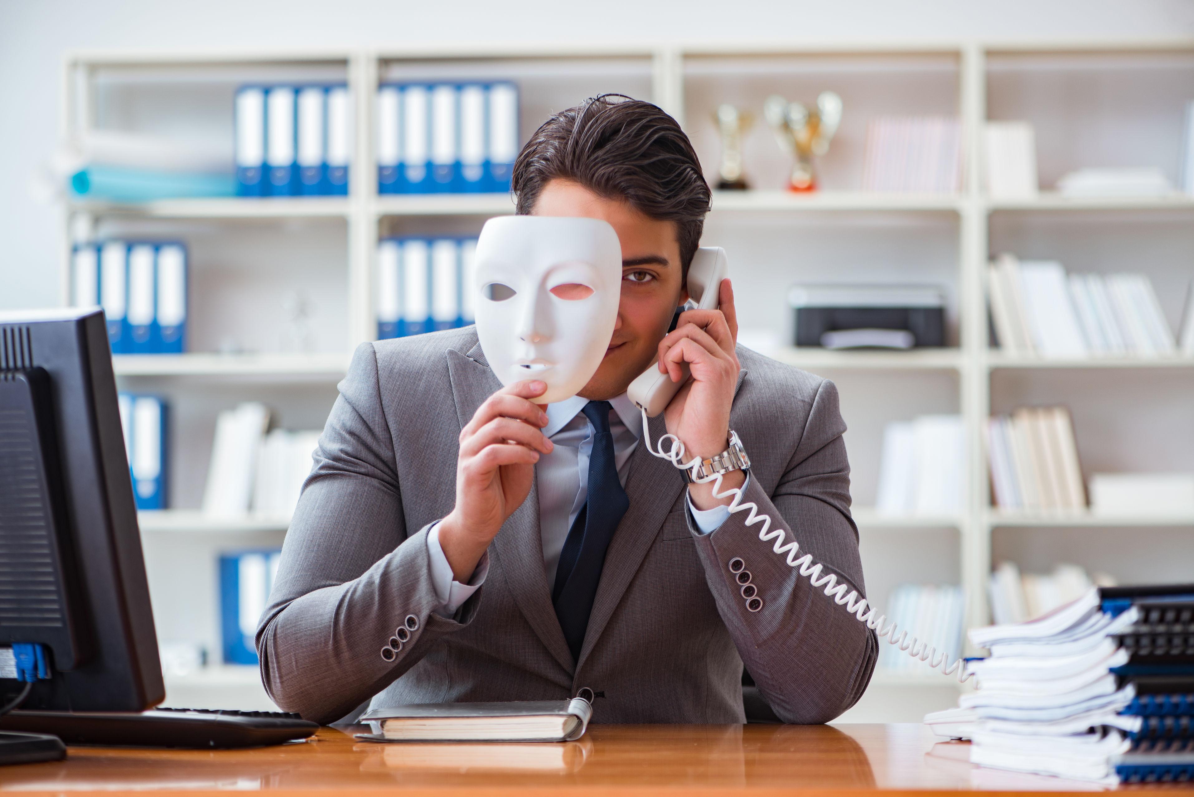 Alerta el CUD sobre robo de identidad