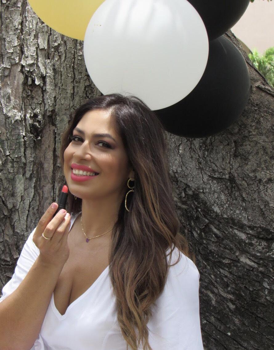 Empresaria crea línea de maquillaje mineral hecho en Puerto Rico