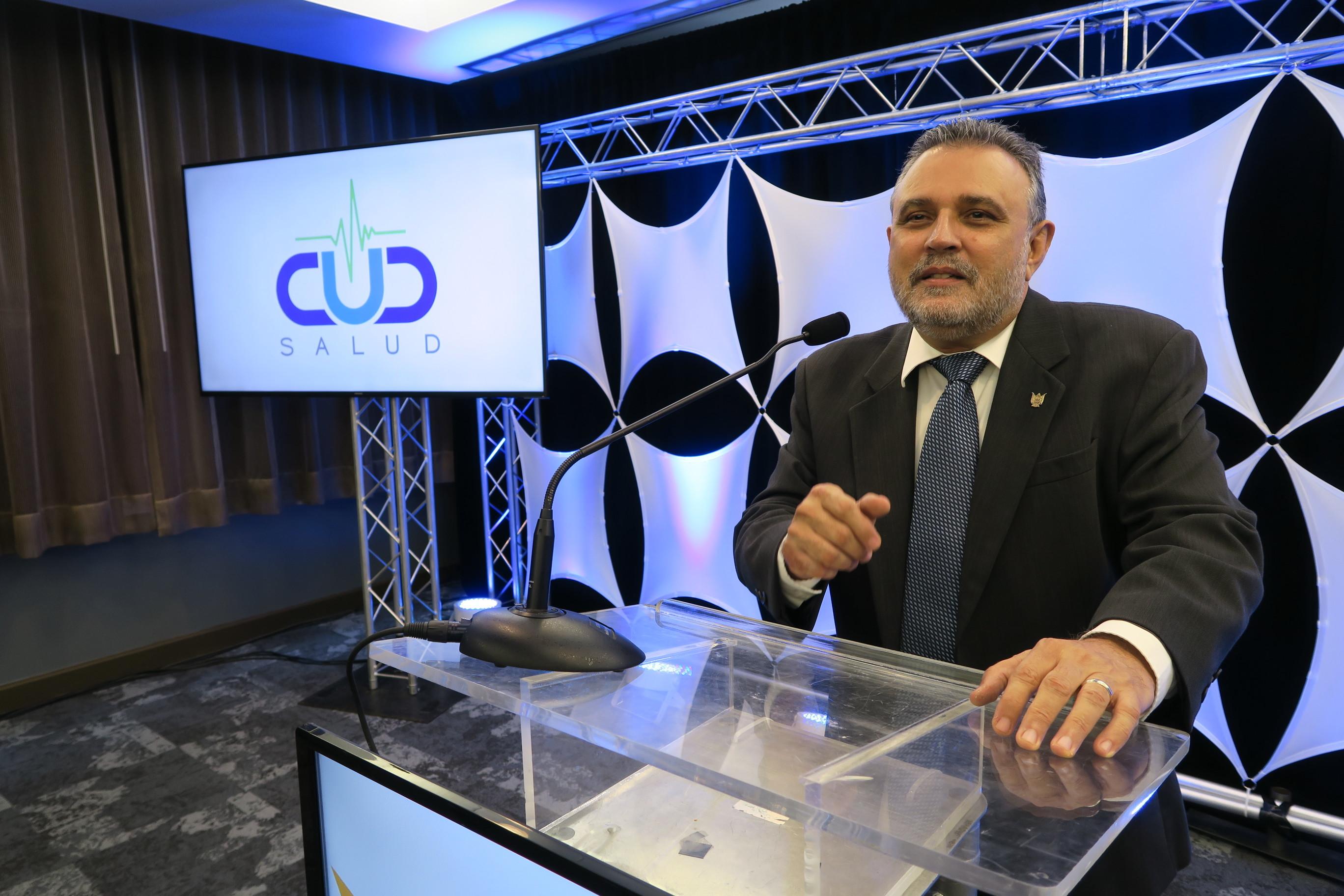 Nuevo presidente del CUD impulsa escuela empresarial